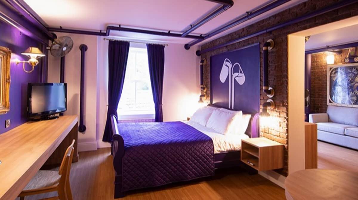 Alton Towers Unveils New Cadbury Chocolate Themed Hotel Suite