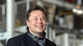 Elon Musk Unveils Humanoid Tesla Bot