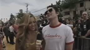 Clip Of Johnny Knoxville 'Trying To Flirt' With Beyoncé Goes Viral
