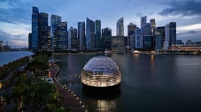 Apple Is Opening A Futuristic Floating Store In Singapore This Week