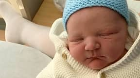 Mum Naturally Gives Birth To One Of Britain's Biggest Babies
