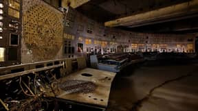 Eerie Photos Show The Abandoned Control Room At Chernobyl Nuclear Power Plant