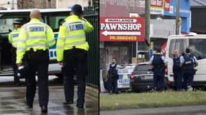 Police Patrol UK Mosques Vowing To 'Stand Together' With Muslims