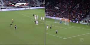 Wayne Rooney Scores Stunning 35-Yard Free-Kick For DC United