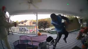 Hilarious Moment Amazon Delivery Man Gets Spooked By Decorations