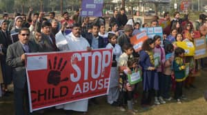 Pakistan Considering Bringing Back Public Hangings For Paedophiles After Death Of Six-Year-Old