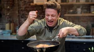 Jamie Oliver's 'Healthy' Burger Has Less Nutritional Value Than Burger King Cheeseburger