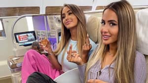 Influencer Caught Pretending To Be In Business Class Posts New Snap Actually In Business Class