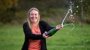 Woman Calls To Claim £1,000 Scratchcard Win - Finds Out She Won £300,000