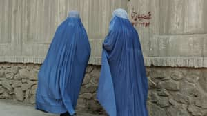 SAS Troops Trick The Taliban And Escape Afghanistan By Wearing Burqas