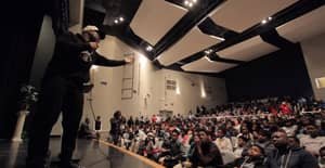 Motivational Speaker Has Incredible Response To Teenagers Who Disrespect Him