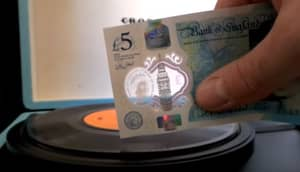 You Can Use The New Plastic Fiver To Play Vinyl Records
