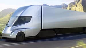 Tesla Reveals Electric-Powered Semi Which Could Single-Handedly Revolutionise The Trucking Industry