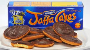 There Are 520 Ways To Eat A Jaffa Cake, Experts Claim
