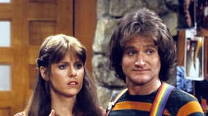 'Mork & Mindy' Star Pam Dawber Says Robin Williams Groped And Flashed Her On Set