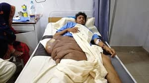 Teen Left Bedridden By 44lb Tumour Oh Thigh And Hip