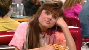 Kelly Kapowski Actor Reveals How She Felt About Everyone Having A Crush On Her