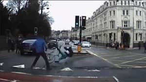 Pedestrians Dramatically Tackle Fleeing Knifeman And Throw Him From Bike