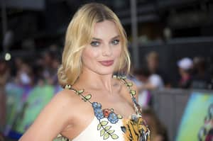 Margot Robbie Looking Hot, Then Not, Then I Don't Know Anymore