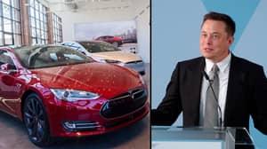 Elon Musk Is Sending A Red Tesla Car To Mars Blasting David Bowie's 'Space Oddity'
