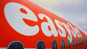 EasyJet Removes Unaccompanied 15-Year-Old Because Flight Is Overbooked