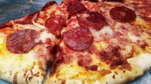 Serial Masturbators 'Get Pizza If They Can Hold Off For 30 Days' In US Prison