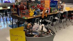 School Kids Arrange Secret Toy Drive For Classmate Who Lost All His Belongings In A Fire