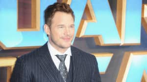 Chris Pratt Doesn't Want To Take A Photo With You Because He Wants To Feel 'Normal'