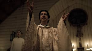 New Horror Series Midnight Mass From Creator Of The Haunting Of Hill House Is Now On Netflix