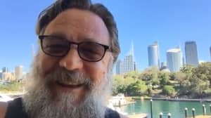 Russell Crowe Is Growing A Beard And It Is Glorious