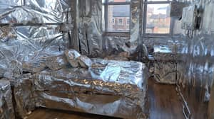 Student Gets Revenge On Housemate By Wrapping Entire Room In Tin Foil Including Sex Toy