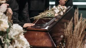 This Is What Happens To Your Body After You've Been Buried In A Coffin For 100 Years