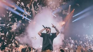 Post Malone Throws £40,000 Of Cash Into Nightclub Crowd