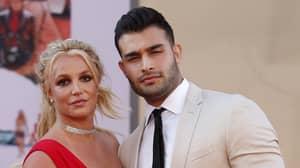 Britney Spears Gets Engaged To Boyfriend Sam Asghari