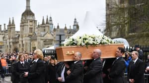Eddie Redmayne Among Hundreds Who Turn Up To Pay Respects To Professor Stephen Hawking
