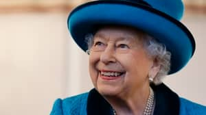Royal Expert Denies Rumours That The Queen Is Dead