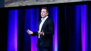 Elon Musk Gives Budding Entrepreneurs Inspiring Advice