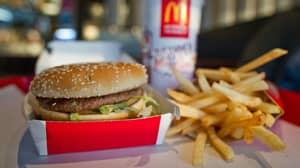 American Man Eats His 30,000th Big Mac And Extends His Record