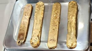 Man Stopped In Airport With More Than A Kilogram Of Gold Up His Bum
