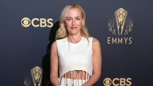Gillian Anderson's Accent Confuses Viewers As She Accepts Emmy Award For The Crown