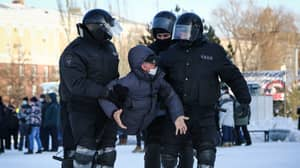 Thousands Arrested In Russia During Massive Anti-Putin Protest