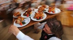 Scientists Reveal That Being A Waiter Is More Stressful Than Being A Neurosurgeon
