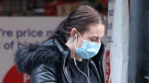 People Are Complaining They Can't Use Face ID Because They're Wearing Face Masks