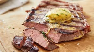 Lidl's Deluxe Steak With Béarnaise Sauce Is Perfect For Father's Day