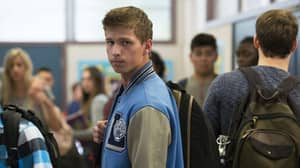 This '13 Reasons Why' Fan Theory About Scott Has Us A Bit Baffled