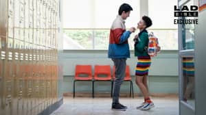 Sex Education Creators Explain Why The Show Looks Like It's Set In 1980s US High School