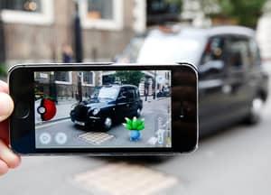 Entrepreneurial Cabbie Lads Offer 'Pokémon Go' Taxi Tour