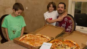 Man Who Spent Bitcoin Now Worth £270 Million On Two Pizzas Has No Regrets