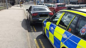 17-Year-Old Stopped Driving On The M60 Pretends To Be 43-Years-Old To Police
