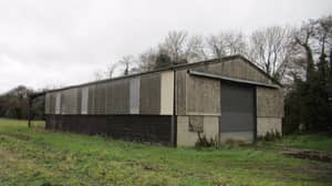 Man Converts An Old Farm Shed Into A £975,000 Luxury Home
